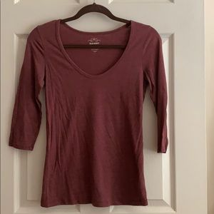 Women's 3/4 sleeve shirt.